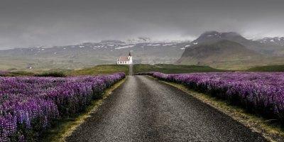 casa a lo lejos
