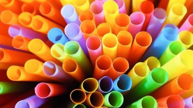 pajitas plástico
