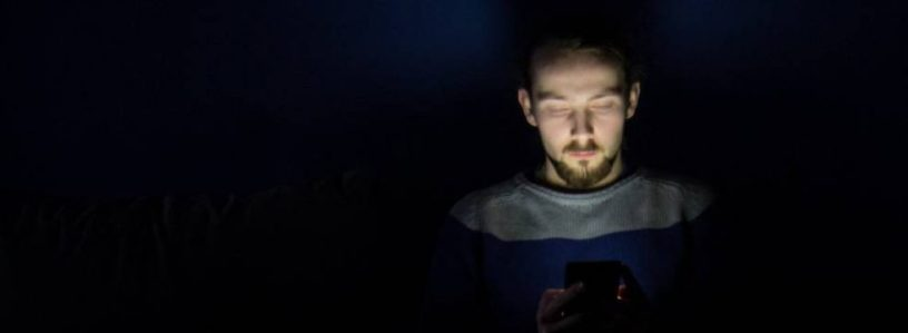 persona concentrada